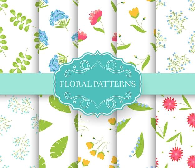 花柄のシームレスパターンのコレクションセット。葉、春、花、夏、秋にラベルのロゴが付いています。