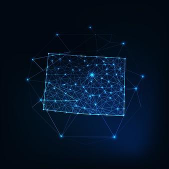 Карта штата колорадо сша светящийся силуэт контур из звезд, линий, точек, треугольников, низкополигональных форм. связь, концепция интернет-технологий. каркасный футуристический