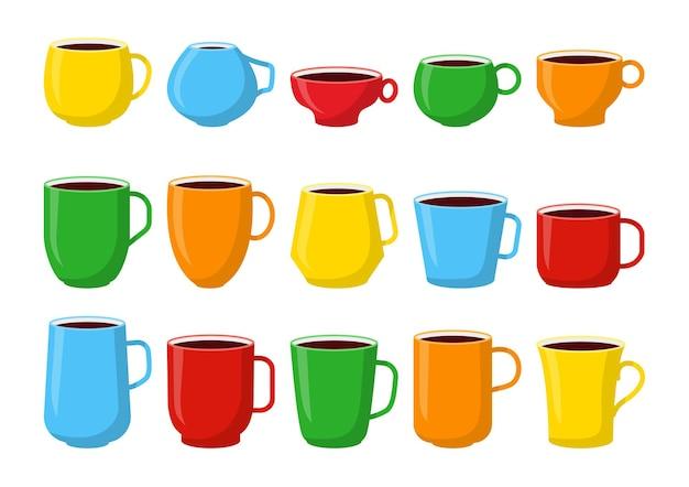 Цветные чашки разной формы и цвета
