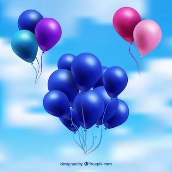 Raccolta di mazzo di palloncini colorati nel cielo con stile realistico