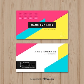 Цветной шаблон визитной карточки с геометрическим дизайном