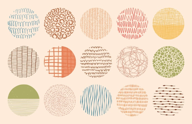 잉크, 연필, 브러시로 만든 다채로운 원 텍스처. 반점, 점, 선, 줄무늬, 선의 기하학적 낙서 모양. 손으로 그린 패턴의 집합입니다. 티