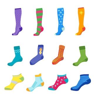 カラフルな楽しい靴下セットは白で隔離
