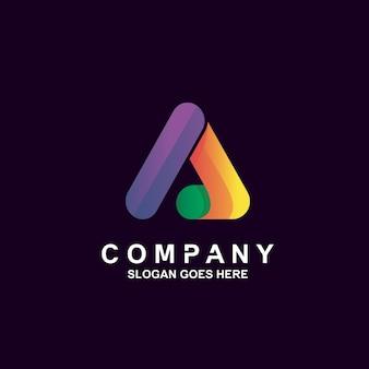 カラフルな文字のロゴ