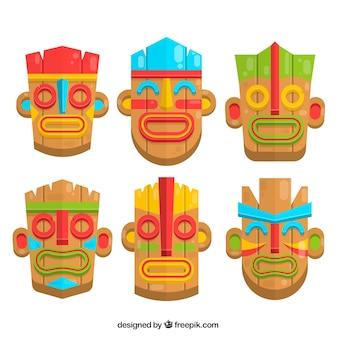 Красочный набор деревянных тики-масок