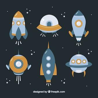 Красочная коллекция космических кораблей с плоским дизайном