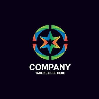 カラフルな星のロゴデザイン