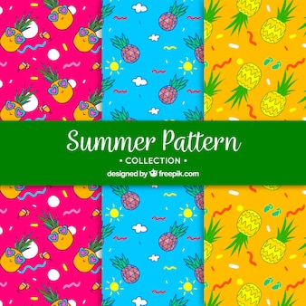 Modelli estivi colorati con ananas disegnati a mano