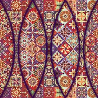 花と曼荼羅の要素を持つカラフルなヴィンテージパターン