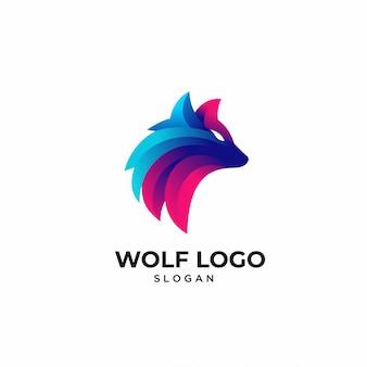 カラフルなオオカミ動物のロゴのテンプレート