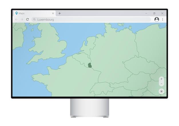 ブラウザにルクセンブルクの地図が表示されたコンピュータモニター。webマッピングプログラムでルクセンブルクの国を検索します。