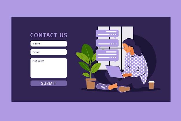 웹 및 랜딩 페이지 용 양식 서식 파일에 문의하십시오. 클라이언트와 이야기하는 여성 고객. 온라인 고객 지원, 헬프 데스크 개념 및 콜 센터.
