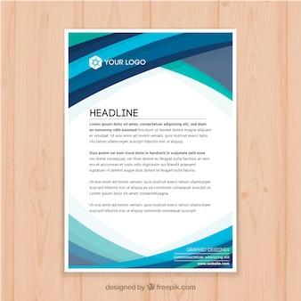 Корпоративная брошюра с голубыми плоскими фигурами