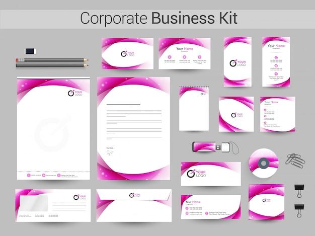 抽象的なストライプと企業のビジネスキット。