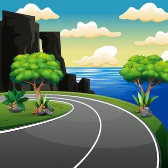 해변과 열대 바다 근처의 국가 측면 도로