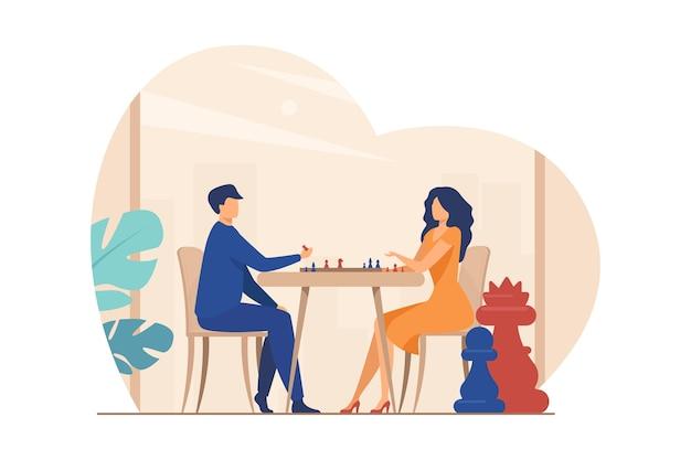 チェスをしているカップル。チェス盤フラットベクトルイラストで男と女。レジャー、趣味、知性、挑戦