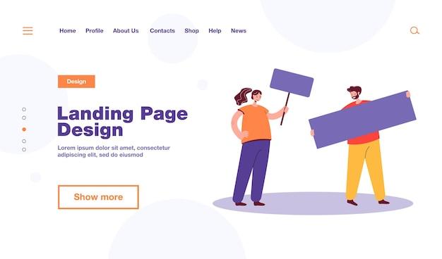 Пара протестующих и плакат. мужские и женские персонажи на демонстрационной плоской иллюстрации. протест, активизм, концепция свободы, дизайн веб-сайта или целевая веб-страница