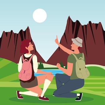 Пара туристов с пейзажем сумки