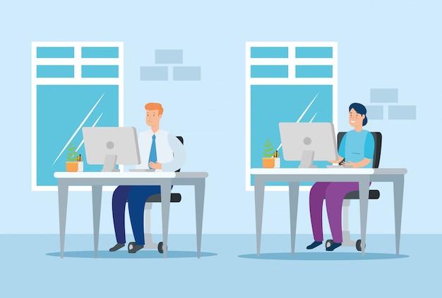 책상에 컴퓨터와 집에서 일하는 부부