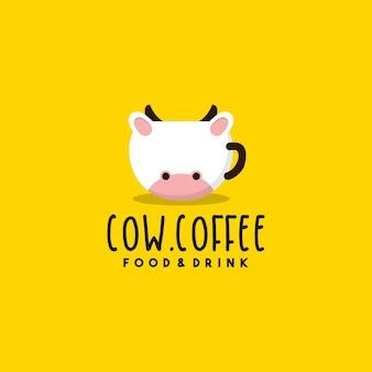 Креативный дизайн логотипа коровьего кофе