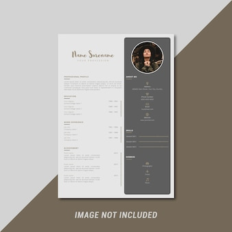 Creative and feminine curriculum vitae template design