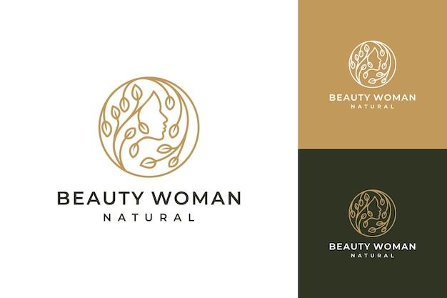 花のロゴデザインでクリエイティブなフェミニンな女性