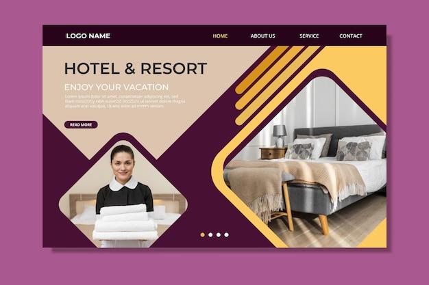 사진이 포함 된 크리에이티브 호텔 방문 페이지 템플릿