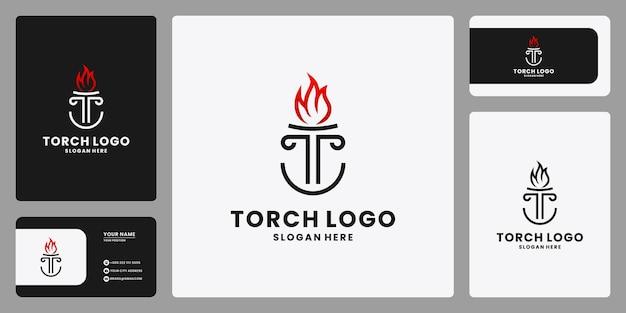 Креативная буква t с вектором дизайна логотипа комбинации факелов
