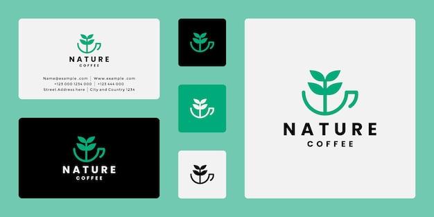 나무와 크리에이 티브 자연 커피 로고 디자인 조합 컵