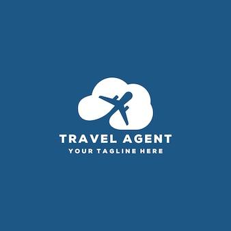 Креативный туристический агент или дизайн логотипа самолета и облака