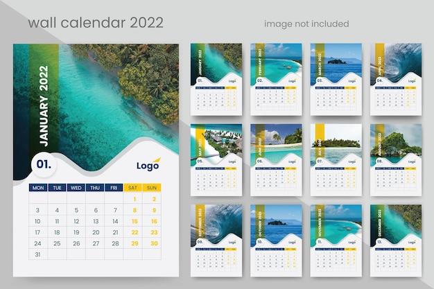 Креативный настенный календарь 2022 premium векторы