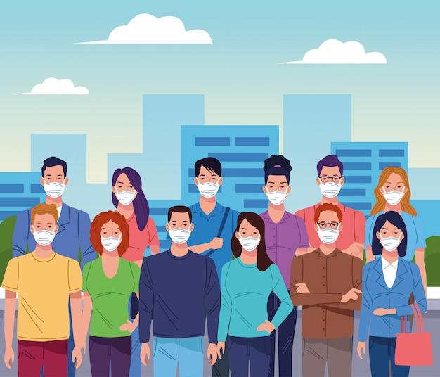 도시 코로나 바이러스에 대한 얼굴 마스크를 사용하는 사람들의 군중