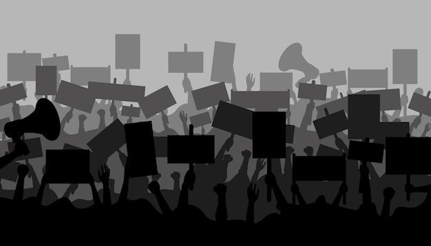 抗議者の群衆。バナーとメガホンを持つ人々のシルエット。抗議のプラカードを持つ手。政治バナーを持っている人