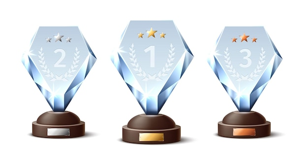 Хрустальные трофеи. реалистичные стеклянные награды, золотые, серебряные и бронзовые призы, форма ромба, прозрачные сверкающие фигурки. пустой кубок соревнования, спорт и музыка достигают. изолированный набор векторных