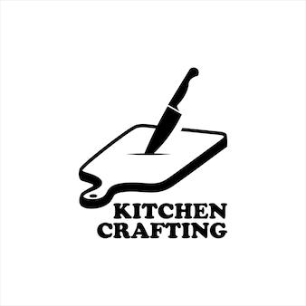 Кулинарная кухонная разделочная доска с ножом
