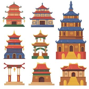 ウェブデザインのための文化的な中国の伝統的な建物のフラットセット。漫画イラスト