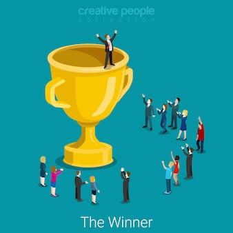 컵 트로피 성공적인 우승자 평면 아이소 메트릭 비즈니스 성공 개념 큰 트로피와 마이크로 사업가입니다.