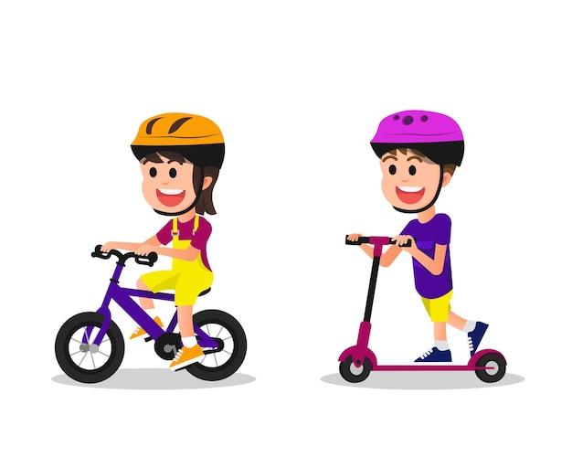 Милые и счастливые дети на велосипеде и самокате