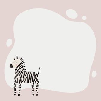 Симпатичное животное рамка-клякса в простом мультяшном стиле рисованной. шаблон для вашего текста или фотографии.