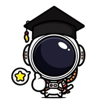 졸업을 축하하기 위해 좋은 포즈를 취하는 귀여운 우주 비행사