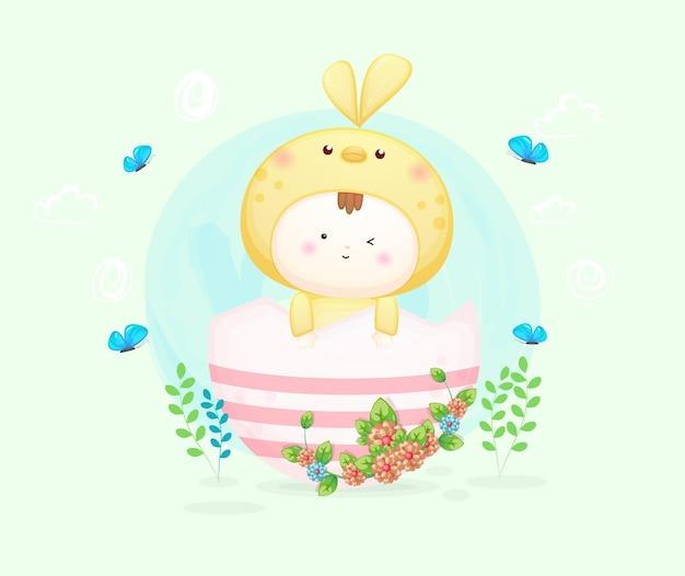 カラフルな卵と鳥の衣装でかわいい赤ちゃん。マスコット漫画イラストプレミアムベクトル