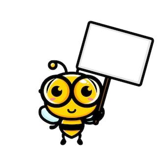 빈 텍스트 보드를 들고 귀여운 꿀벌