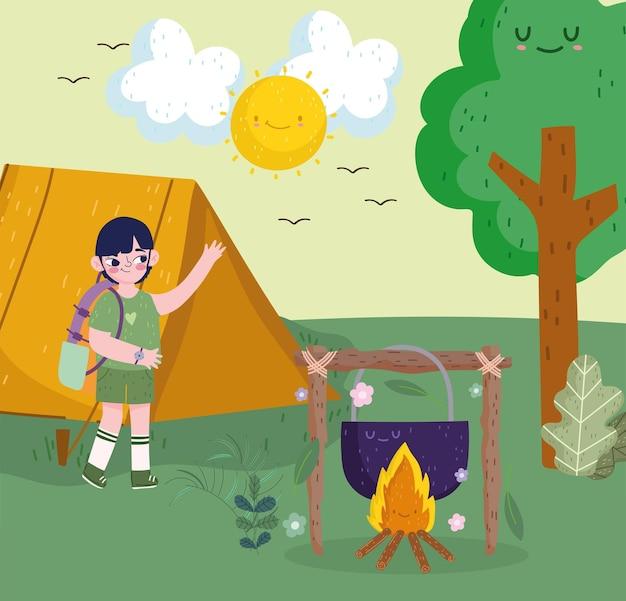귀여운 소년 캠핑 모닥불