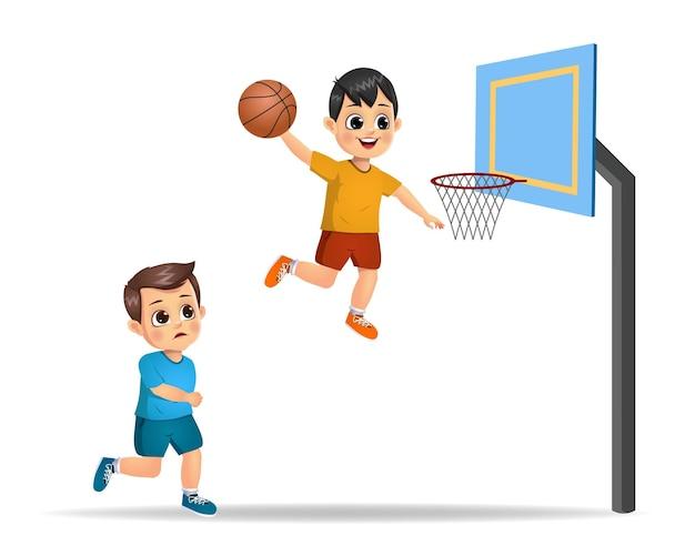 バスケットボールをしているかわいい男の子の子供