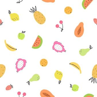 かわいい明るい果物。手描きのシームレスなパターン
