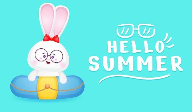 夏の挨拶バナーと水泳ブイのかわいいバニーガール