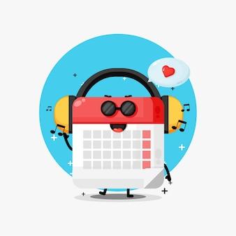 Симпатичный календарь-талисман, слушающий музыку