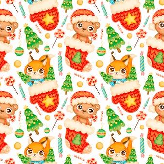 かわいい漫画のクリスマスの動物のシームレスなパターン。クリスマスのクマとリスのパターン。