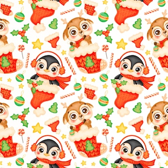 Cute cartoon christmas animals seamless pattern. christmas deer and penguin pattern.