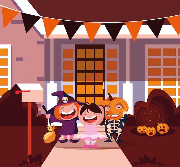 Cute children disguised for halloween
